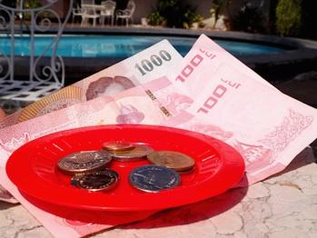 деньги таиланд