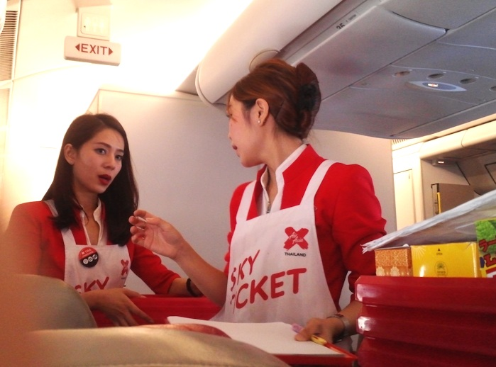 airasia стюардесса
